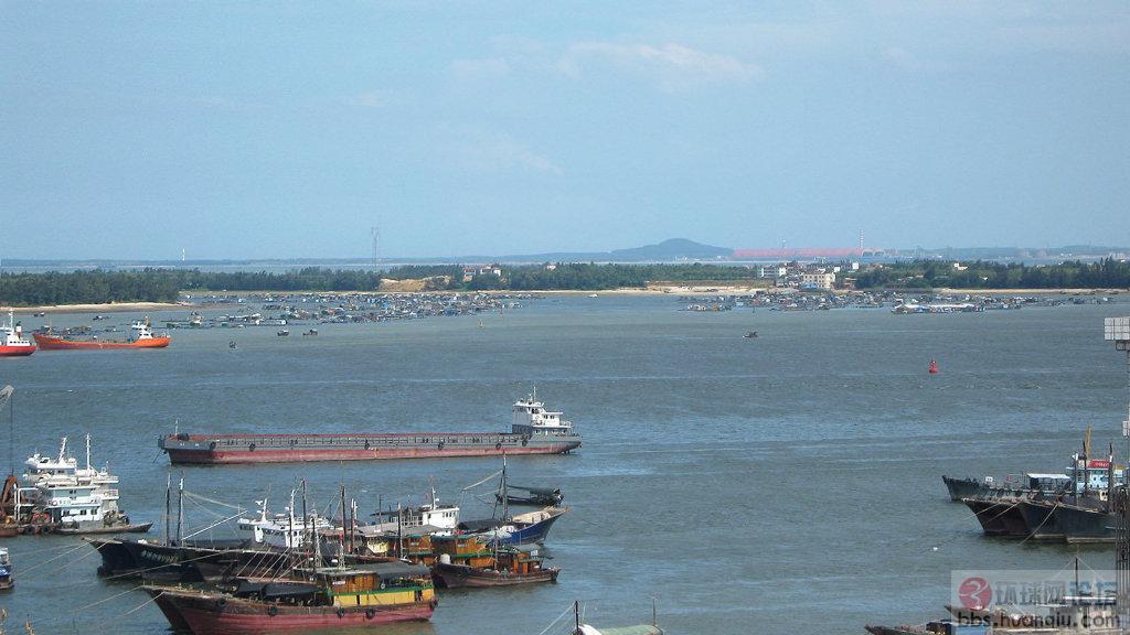 俯瞰广东湛江麻斜海-南海舰队麻斜基地 - 环球-湛江钢铁厂 湛江东海岛图片