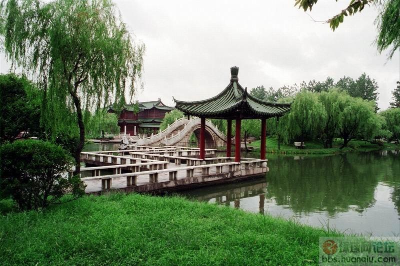 扬州个园和二十四桥  环球旅游