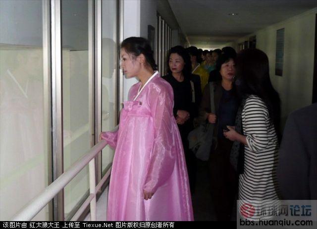 中国人在浙江实拍偶遇朝鲜美女文工团