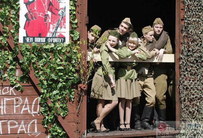 风情万种的俄国长腿女兵