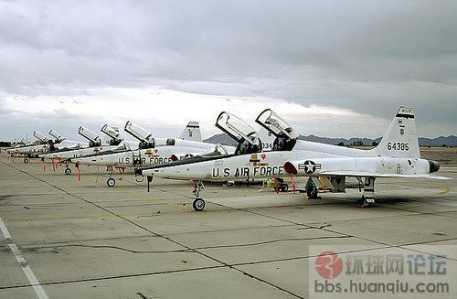 简氏称中国l-15首次打入美空军t-x战机项目竞标