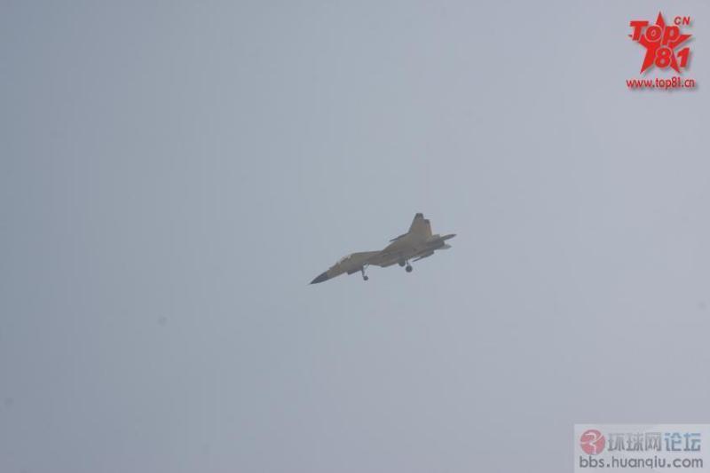 天气好:碰到J11BS出来飞了!