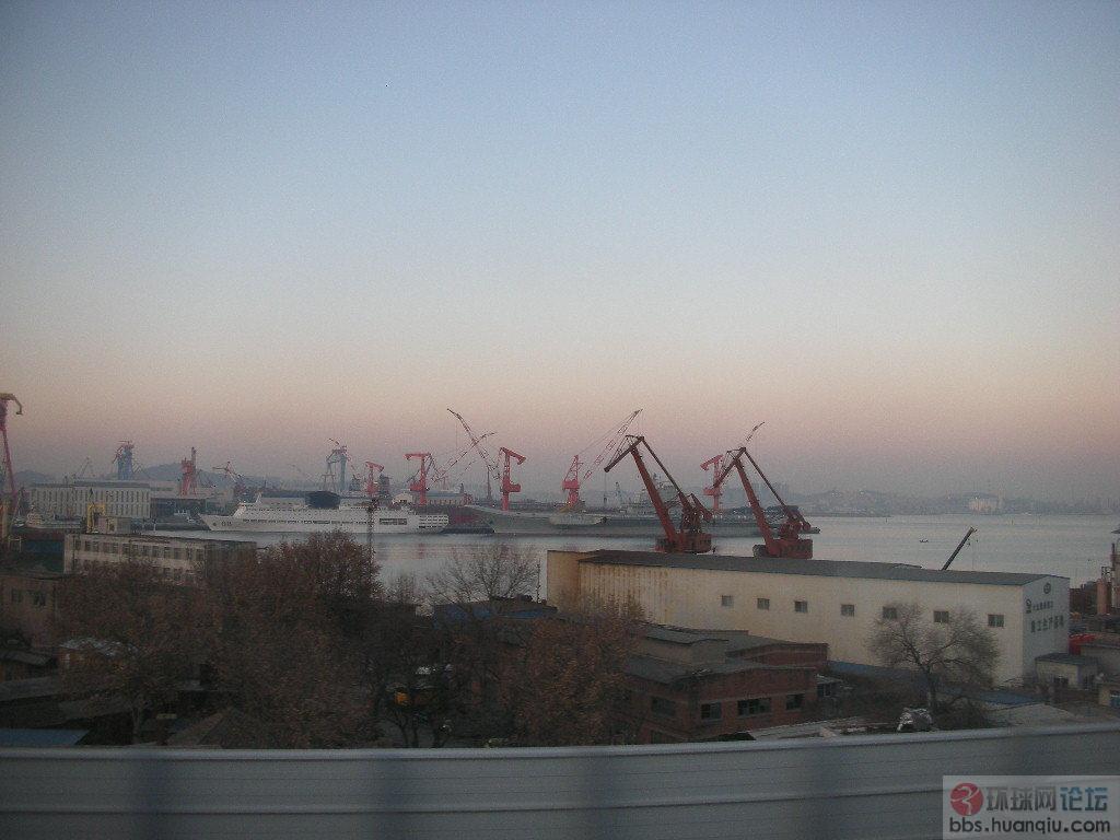 高清组图:中国航母二次海试凯旋后回到老泊位