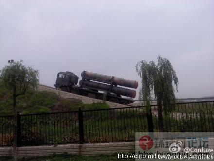 某地红旗-9防空导弹在试车