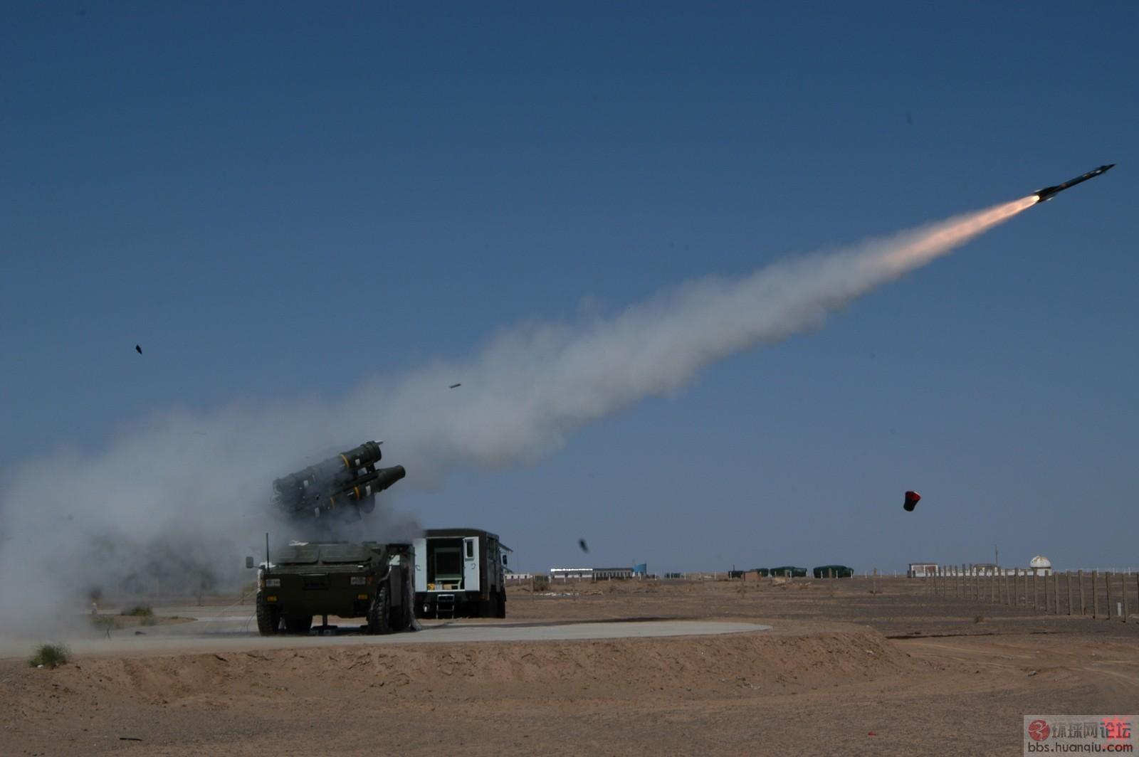 中国军工试射新型导弹,准备出口抢生意!