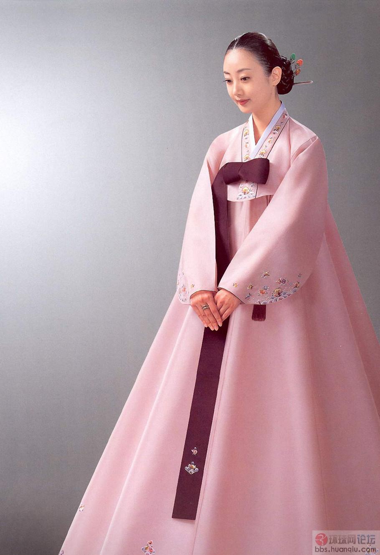 朝鲜族传统女子服装上