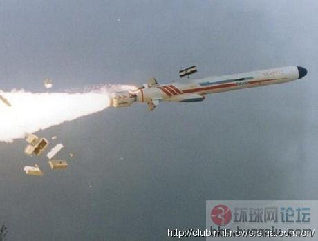 中国海军超猛新反舰导弹试验