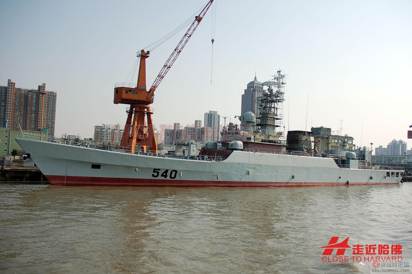 烟花三月下江南:观赏江边的那些新锐战舰