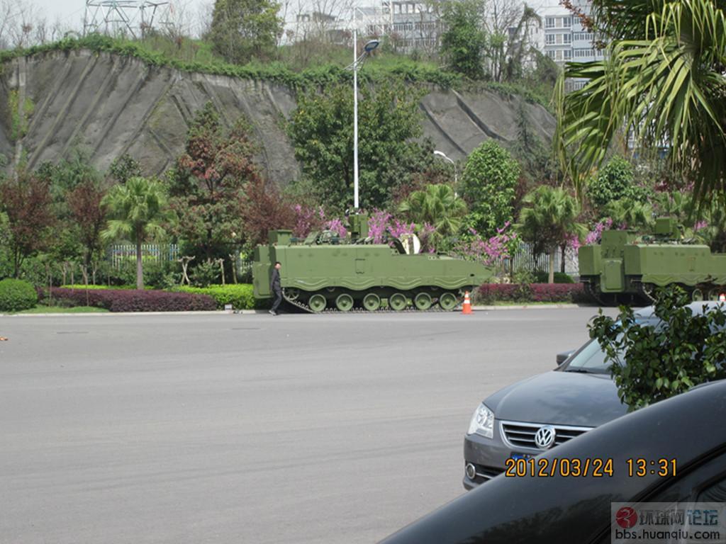 解放军89改底盘的通用侦查车大批量出厂