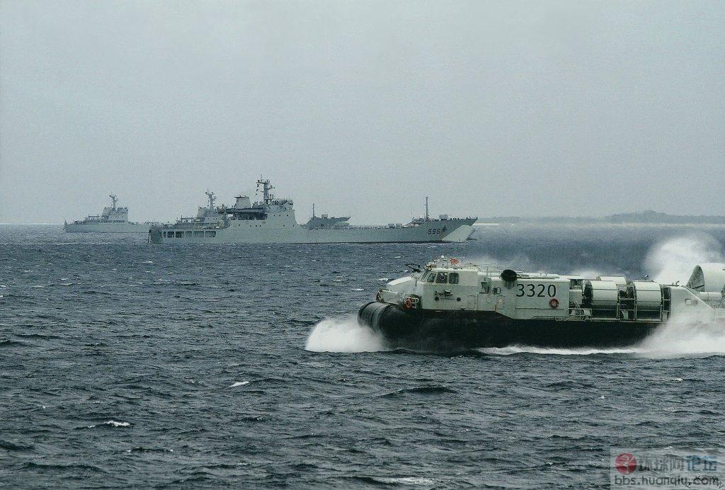 中国 南海/前进:解放军抢滩登陆能力越来越强!