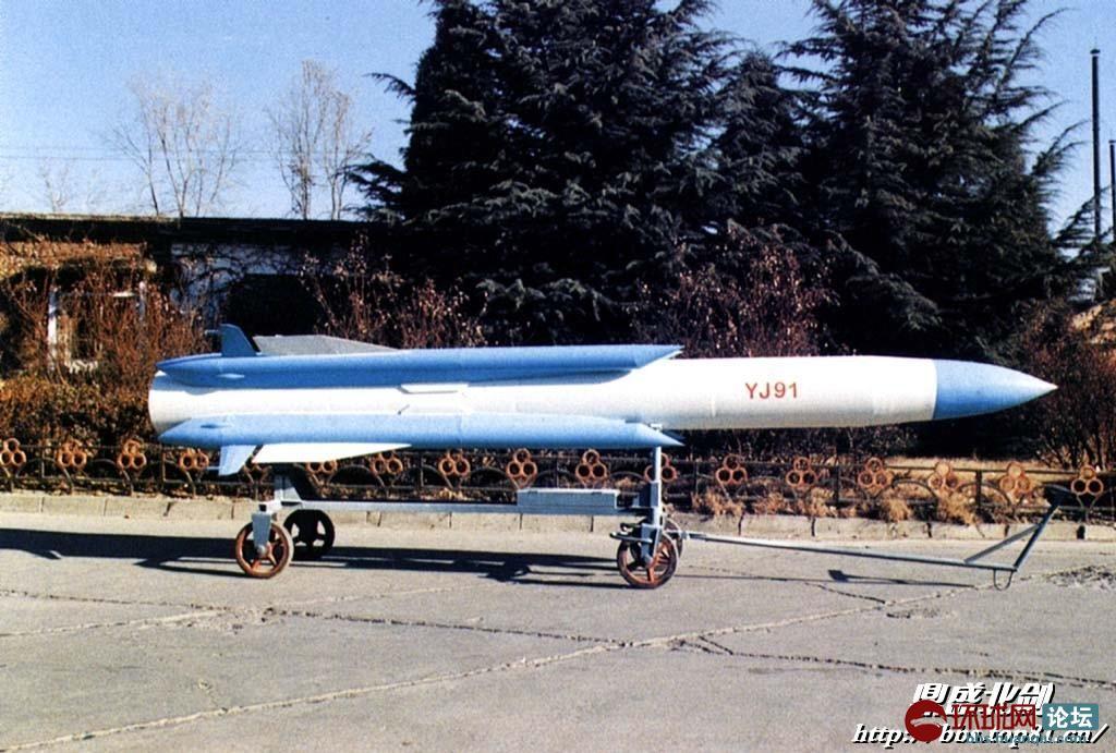 我国第一架超音速飞机