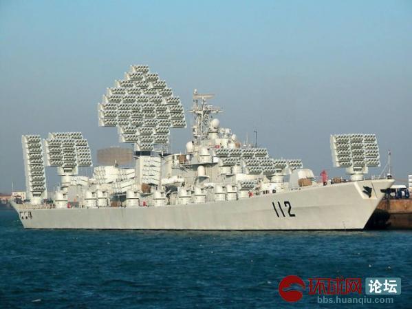 早安 于 2013-5-20 23:25 编辑    航空母舰是移动的飞机场,导弹母舰