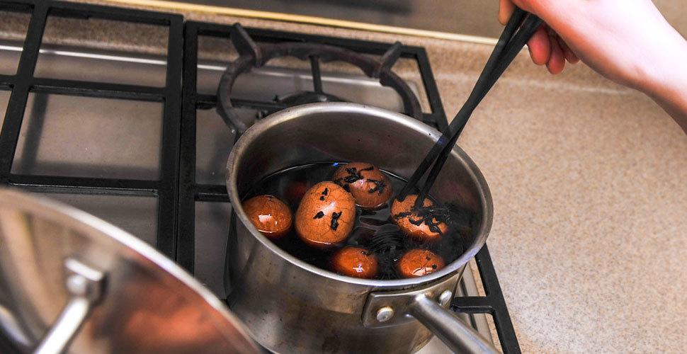 上海一市民拍下高价茶却被保姆煮了茶叶蛋