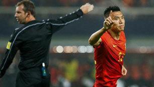 国足1-0胜韩国 关键是里皮用兵如神!