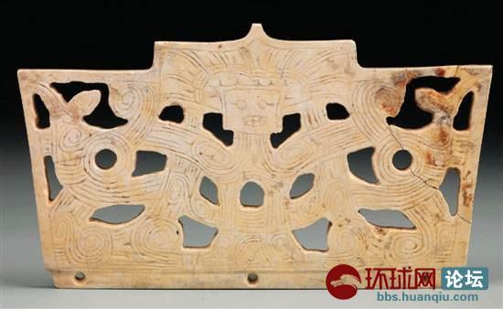 手工纺织业也有迅速的发展.钱山漾遗址发现有国内早期的丝麻织物.