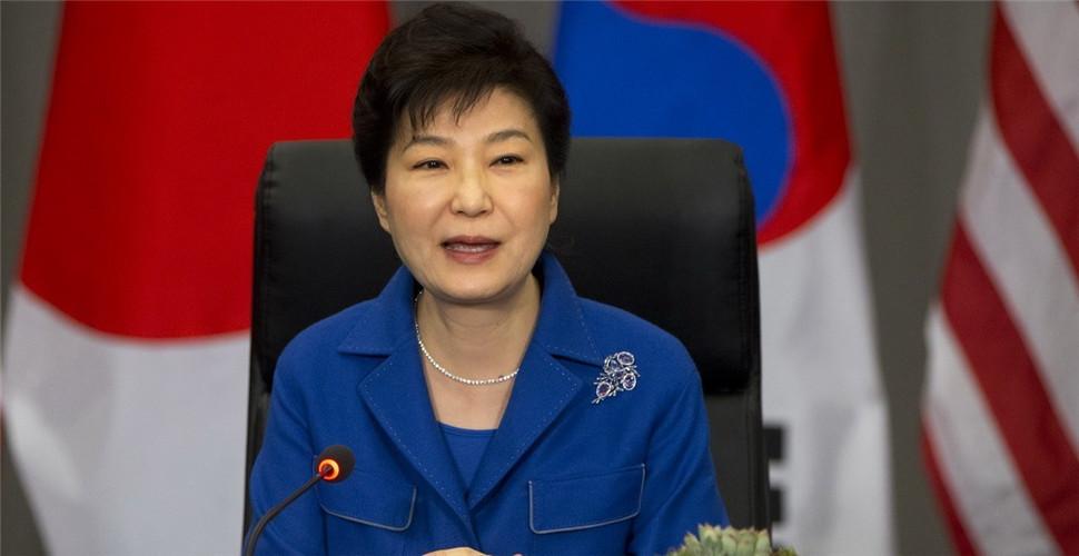 朴槿惠出庭受审几度闭目 心情糟有五大原因