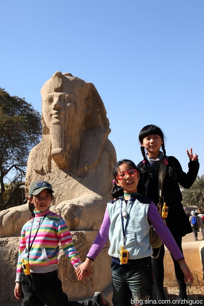 字塔与最传奇的埃及法老图片