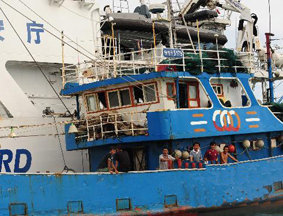 被非法扣留在日的中国渔船