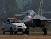 L-15与汽车的直观对比