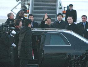 胡锦涛乘专机抵达芝加哥