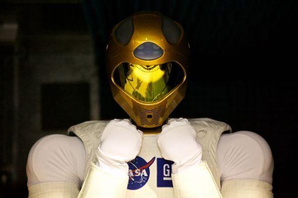 R2人形机器人