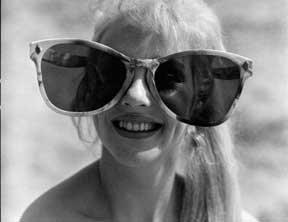 夏天要戴墨镜就戴超牛的