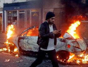伦敦多地区遭暴力打砸抢烧