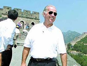 美副总统拜登访华撞上中国网络民意