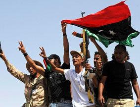 利反对派庆祝拜城和谈成功