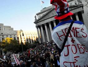 """美国""""占领华尔街""""活动升级"""