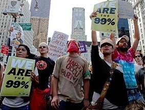抗议者在纽约富人区游行抗议