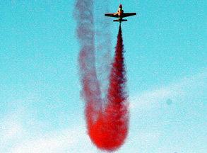 中巴K-8教练机飞舞迪拜云天