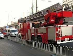 救火车抵达现场