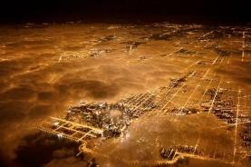 鸟瞰芝加哥灯火