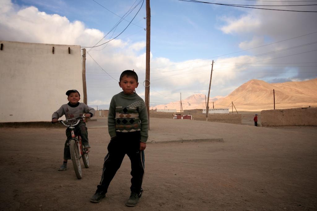 人口与社会图片 塔吉克斯坦 环球万国 环球网