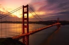 夕阳中的金门大桥