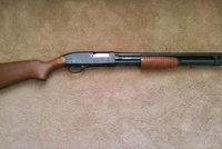 温彻斯特防卫者1300式霰弹枪