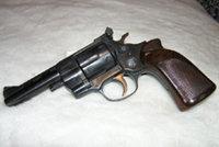 亚米纽斯M10转轮手枪