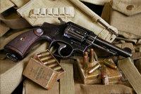 史密斯-韦森0.38/200英国制式转轮手枪