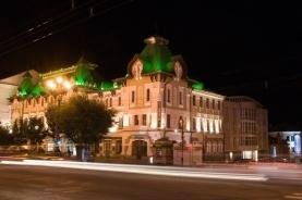 哈巴罗夫斯克的夜晚街头