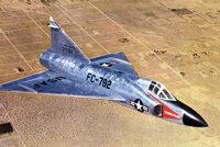 """F-102""""三角剑"""""""