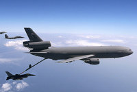 """KC-10""""补充者"""""""