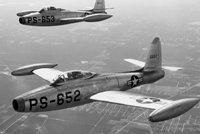 """F-84""""雷电喷气"""""""