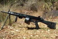 赫克勒-科赫HK13机枪