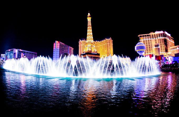 资讯_描写喷泉的作文.