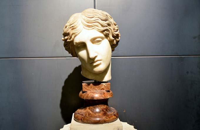 意大利绘画雕塑服装图片