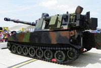 M109A2型155毫米自行火炮