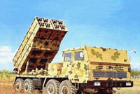 83式273mm履带式自行火箭炮
