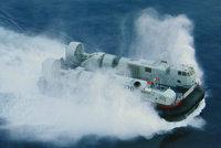 726型气垫登陆艇