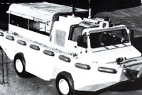 依维柯6640G型两栖货物运输车